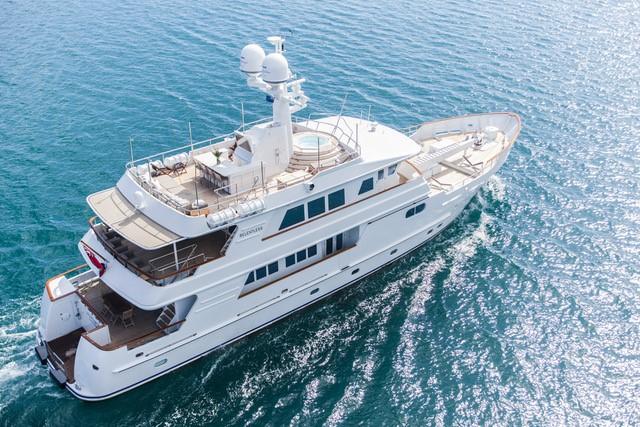 BlackPond Marine Consultants' client, superyacht Relentless